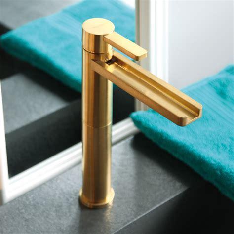 aqua brushed gold luxury bathroom faucet