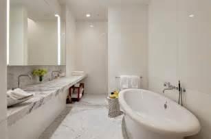 bathroom surround tile ideas marmer in de badkamer tips en inspiratie