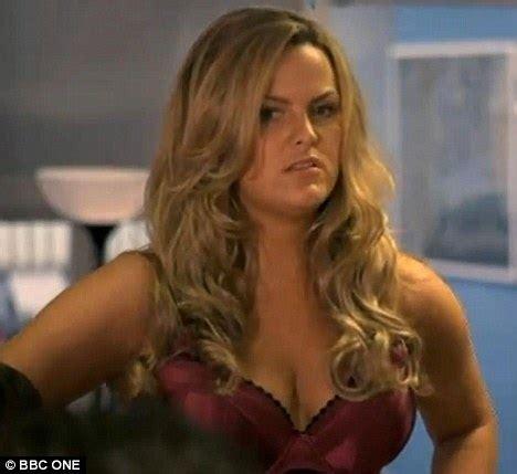 actress abby from jane the virgin eastenders star jo joyner strips off for her new bbc