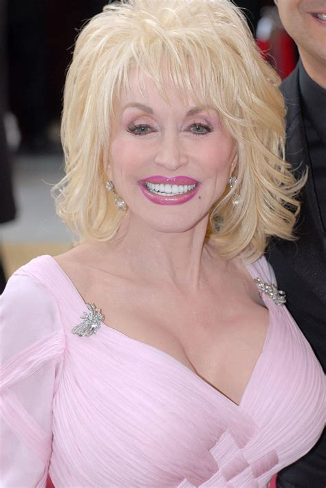 how is dolly parton top people dolly parton