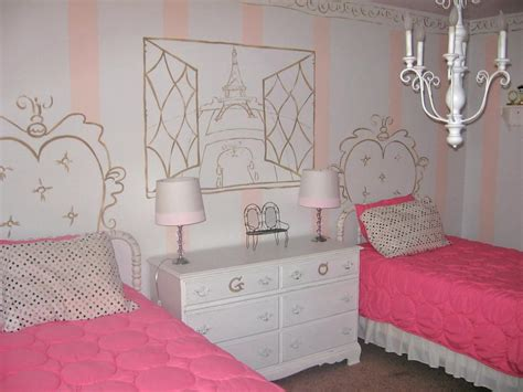 French Themed Girls' Bedrooms