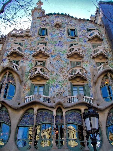 Casa Batilo by The Iconic Casa Batllo By Antoni Gaudi 171 Twistedsifter
