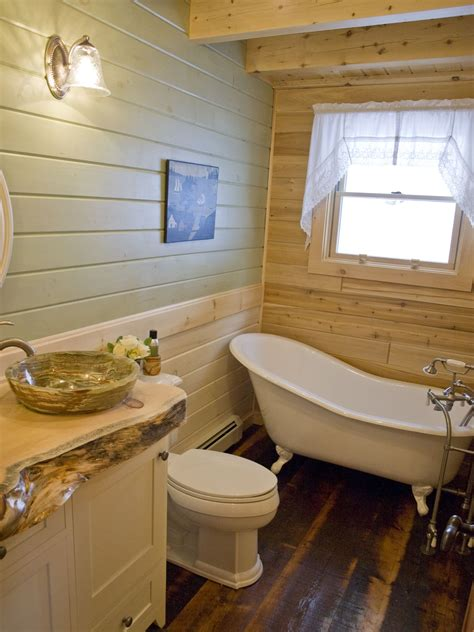 Ideas For Bathrooms With Clawfoot Tubs by Rustic Log Home Bathroom With Clawfoot Tub Katahdin Log