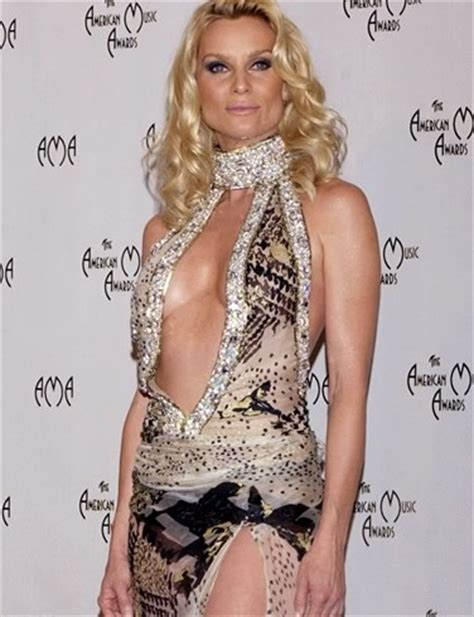 Oriental Runner Rugs by Nicollette Sheridan Caught By Paparazzi Purchasing