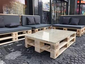 Lounge Aus Paletten : palettenlounge lounge aus paletten mit polstern ~ Frokenaadalensverden.com Haus und Dekorationen