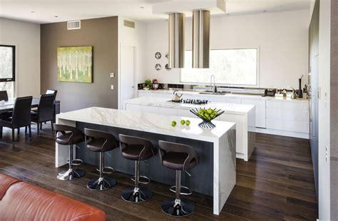 cucina per bar 20 foto di cucine con isola con lato bar per la colazione