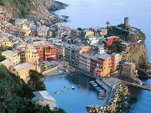 The NovelistaBarista Cinque Terre, Italy
