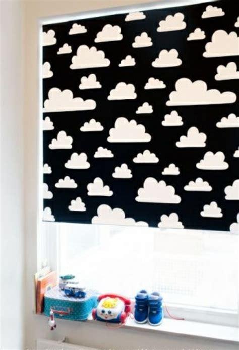 Deko Häuser Kinderzimmer by Verdunkelungsrollo Kinderzimmer Bunte Muster Und Ideen