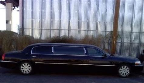 purchase   stretch lincoln limousine  passenger