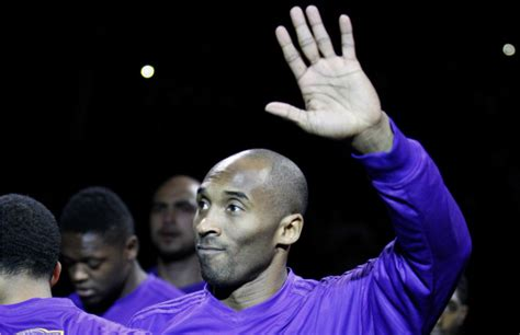 kobe bryant receives contract offer touching letter