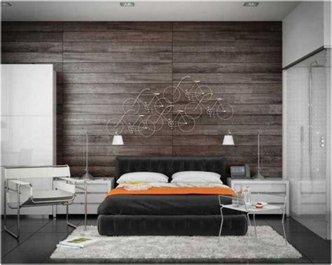décoration mur chambre à coucher décoration chambre adulte mur bois vélos
