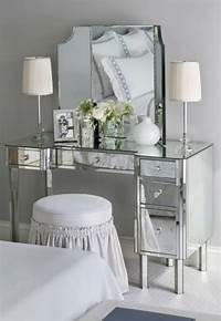 make up vanity Make-Up Vanity – Cute & Co.