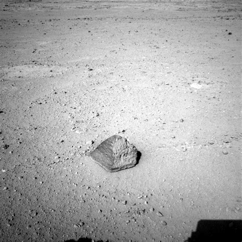 NASA Mars Rover Targets Unusual Rock Enroute To First ...
