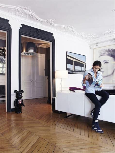 cuisine appartement parisien 17 meilleures idées à propos de portes intérieures noires