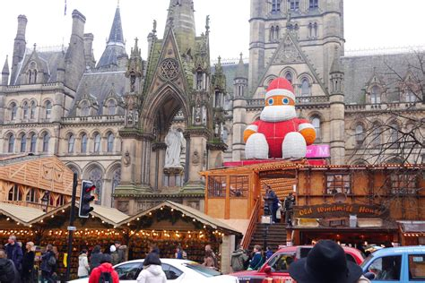 the manchester christmas markets inthefrow