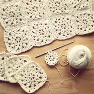 Vintage Flower Square Crochet Pattern