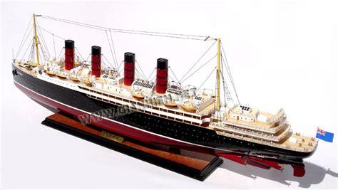 Rms Lusitania Model Sinking by Model Ship Rms Lusitania