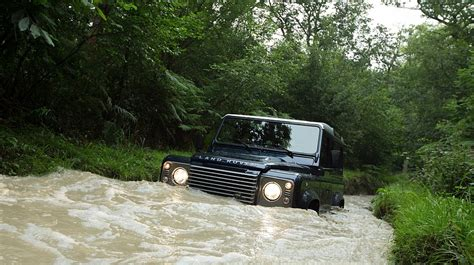 land rover water report land rover 39 s new defender could get an svr variant