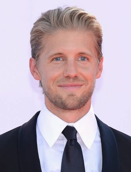 sleepy hollow season casting matt barr bounty