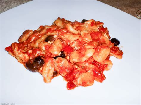 Come Cucinare Le Orecchiette Fresche by Orecchiette Con Sugo Di Triglie E Olive Taggiasche