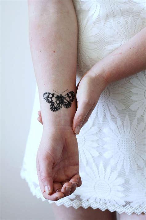 Tatouage Papillon Femme  Signification, Déclinaisons Et