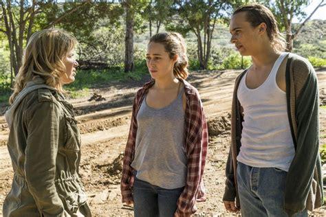 fear  walking dead season  episode  preview