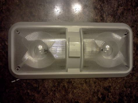 12 volt rv dome light with led incandescent bulbs