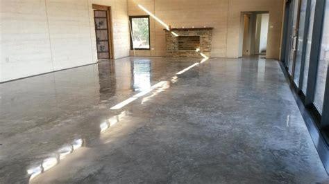 verniciatura pavimenti in cemento vernice per pavimento in cemento grezzo colori per