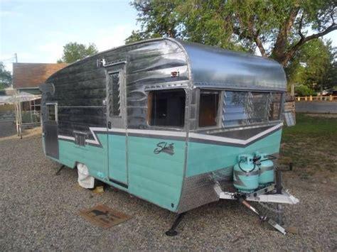 vintage camper trailer  sale shasta deluxe  ft