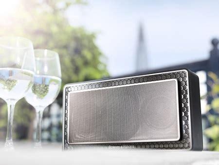 t駘駱hone de bureau bowers wilkins t7 wireless speaker honing voor de oren
