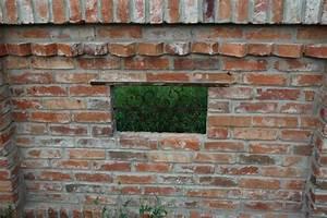 Alte Ziegelsteine Im Garten : gartenmauer alte ziegel schmiedeisen old antique ~ A.2002-acura-tl-radio.info Haus und Dekorationen