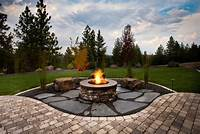 outdoor fire pit design Backyard designs with fire pits - large and beautiful ...