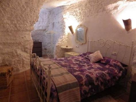 chambre troglodyte touraine les maisons troglodytes d 39 andalousie