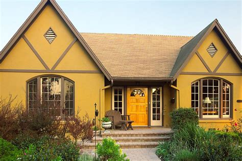 28 Inviting Home Exterior Color Ideas
