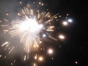 Festivals Pictures: diwali cracker baby images, hd diwali ...