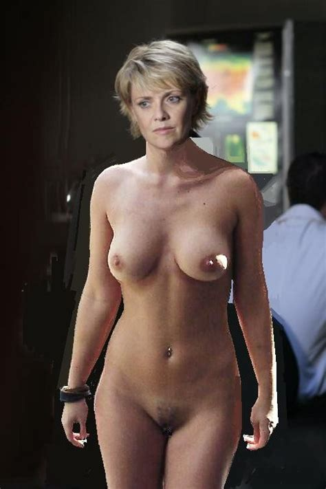 Sg1at226 In Gallery Amanda Tapping Graphic Novel Ch 1