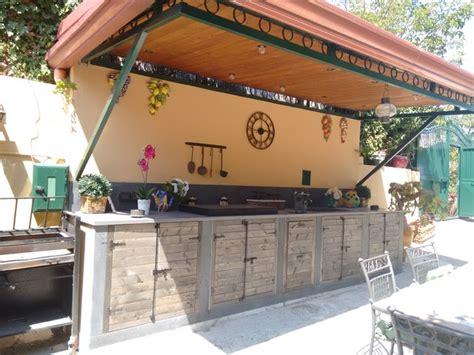 cucina in muratura esterna cucine esterne in muratura con cucina da esterno e cucina