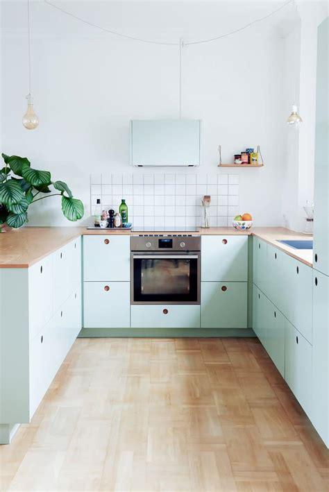 cuisine pastel cuisine ikea personnalisée rénover sa cuisine en vert pastel