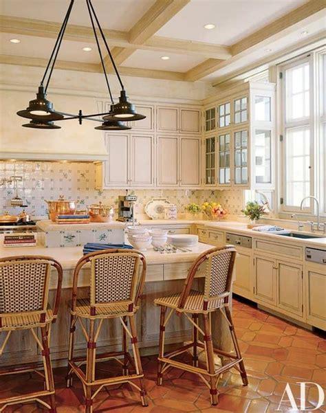 delft tile   kitchen  glam pad