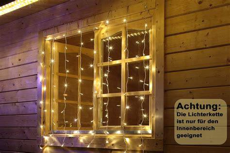Lichterkette Für Fenster by Led Vorhang 80x Led Lichterkette Lichtervorhang Fenster Innen