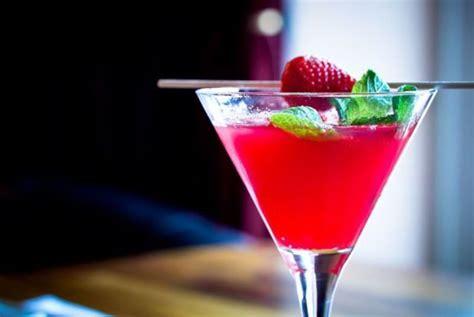 garden  glass cocktails  spring organic authority