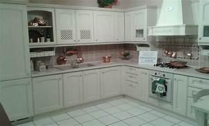 Cucina veneta cucine veneta cucine modello villa d 39 este for Meglio arrital o veneta cucine