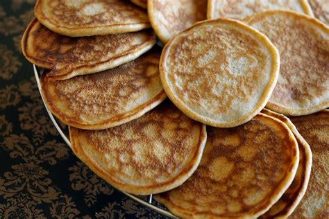 cuisiner la poule pancakes recette facile de pancakes sucrés bien moelleux