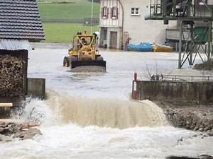 Wasser Läuft Nicht Ab : im luzernischen wolhusen l uft wasser nach berschwemmung ~ Lizthompson.info Haus und Dekorationen