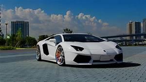 Lamborghini Aventador HD Wallpaper Download