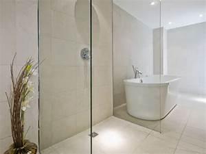 Wet room bathroom design wheelchairbathrooms gtgt learn for Wet floor bathroom designs