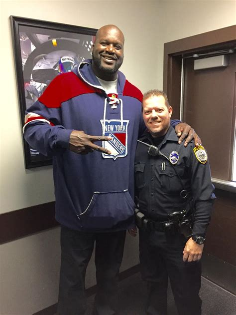 shaq surprises viral police officer     play