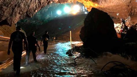 boys  soccer coach rescued  thai cave
