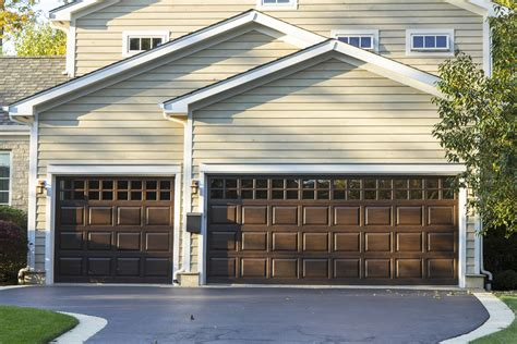 Boosting Your Curb Appeal With Your Garage Rismedia\'s