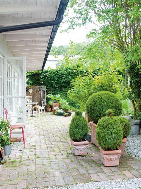 จัดสวนไม้พุ่ม ในกระถาง - บ้านไอเดีย เว็บไซต์เพื่อบ้านคุณ